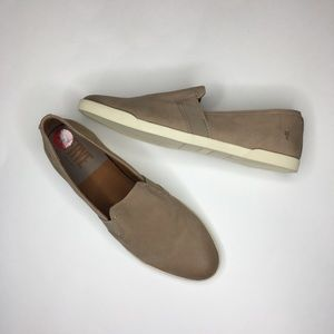 Frye leather slip on loafer/moccasin sz 10 New